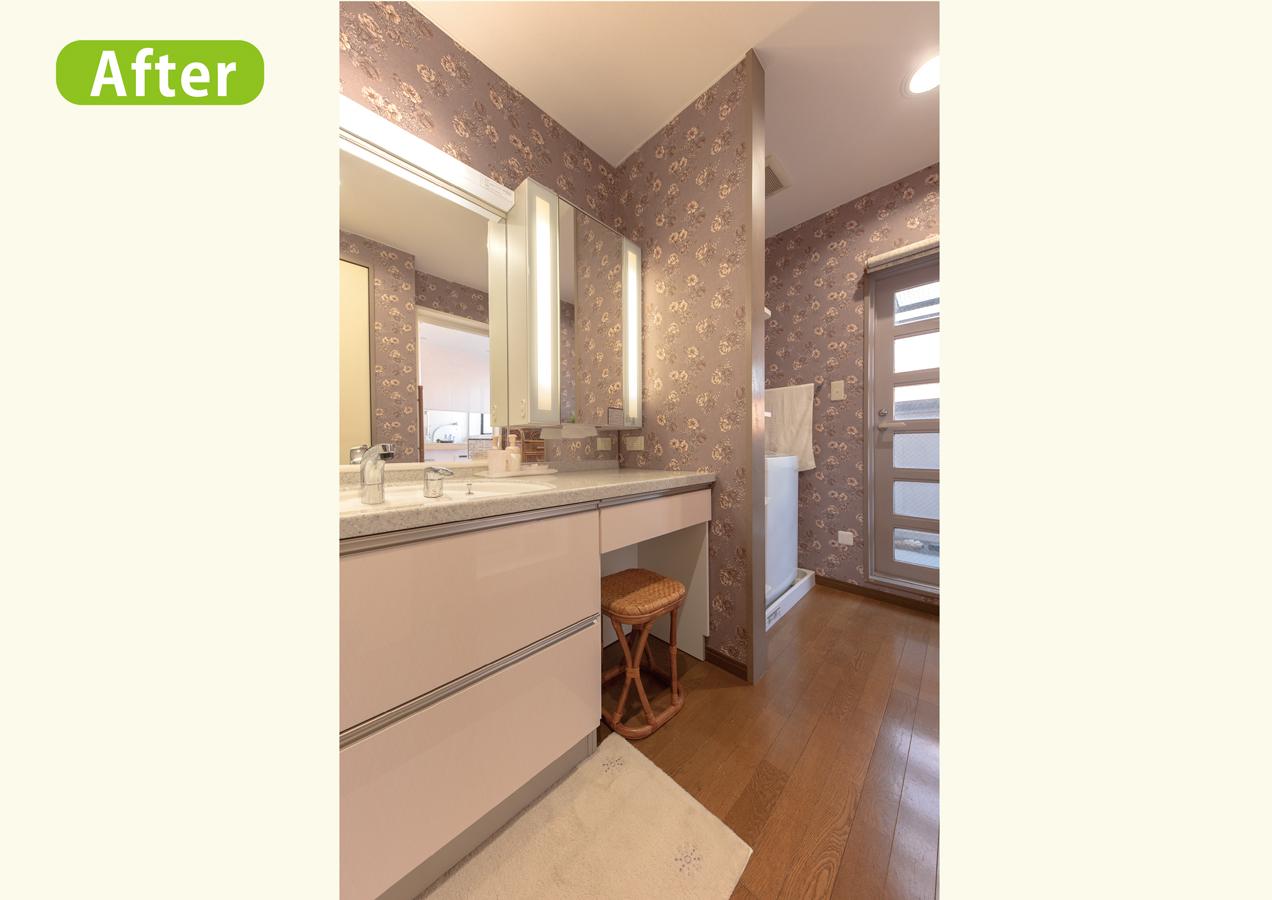気分一新!安全な機能の浴室、花柄洗面所リフォーム